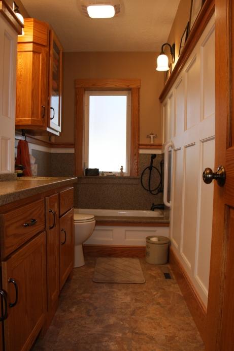 20131223mo-rick-ehlers-custom-woodworking-bathroom-remodel-b1-IMG_8940