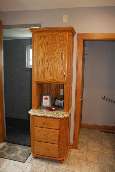 20131223mo-rick-ehlers-custom-woodworking-bathroom-remodel-b2-IMG_9314
