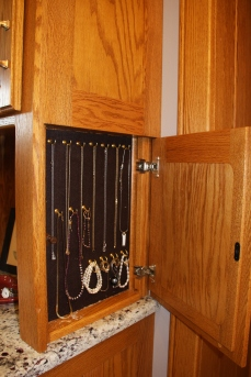 20131223mo-rick-ehlers-custom-woodworking-bathroom-remodel-b2-IMG_9346